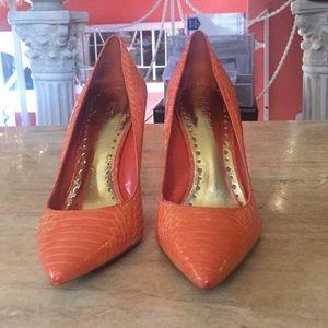 Woman size 8 orange heels
